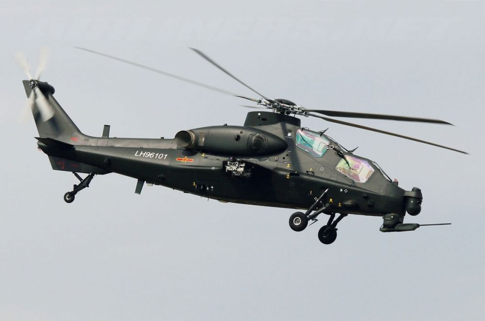 CAIC WZ-10. Китайский ударный вертолет, разработанный с участием российских специалистов, оснащенный американскими двигателями. Принят на вооружение НОАК в феврале 2011 года. Всего ВВС Китая насчитывает более 10 таких машин.