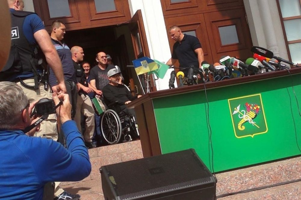 Геннадий Кернес вернулся в Харьков