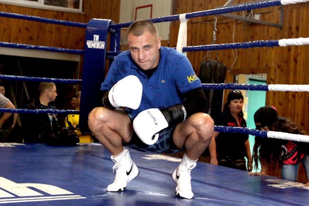 Открытая тренировка боксера Макса Бурсака
