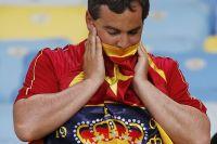 Болельщик сборной Испании после матча с Чили (0:2) на ЧМ-2014.