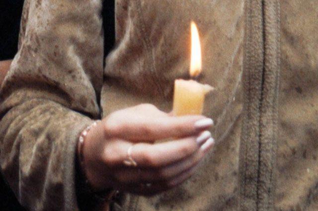 Ежегодно в Иркутске в память о погибших ветеранах ВОВ зажигают свечи.