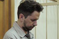 Денис Васильев слушал приговор, опустив глаза.