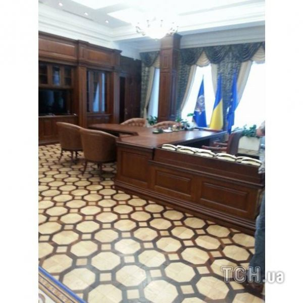 Кабинет экс-генпрокурора Виктора Пшонки