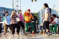 Танцы должны помочь поставить больного мальчика на ноги.