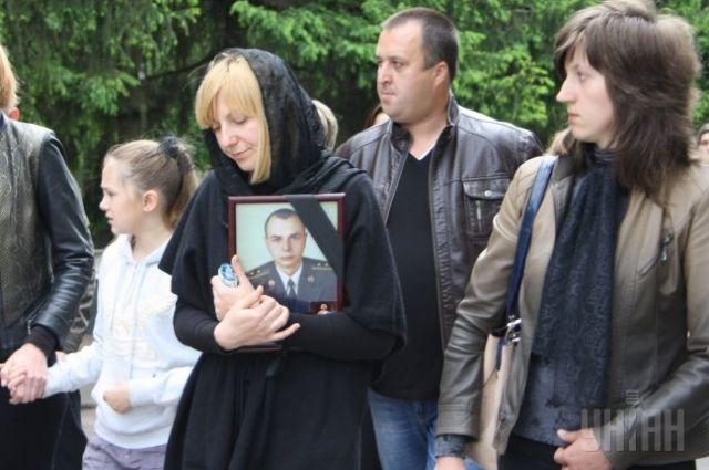 Похороны погибшего под Славянском десантника