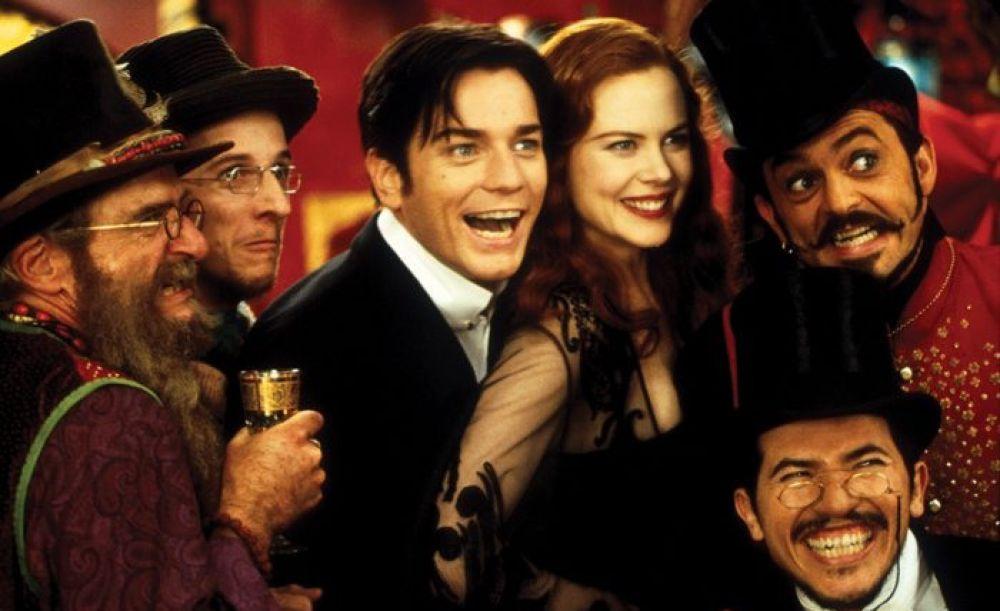 Мюзикл «Мулен Руж» 2001-го года стал для актрисы бенефисом. И Николь Кидман, и Юэн Макгрегор, партнер актрисы по площадке, исполняли свои музыкальные номера самостоятельно. Кидман, победив в номинации «Лучшая женская роль в комедии или мюзикле», была награждена «Золотым глобусом».