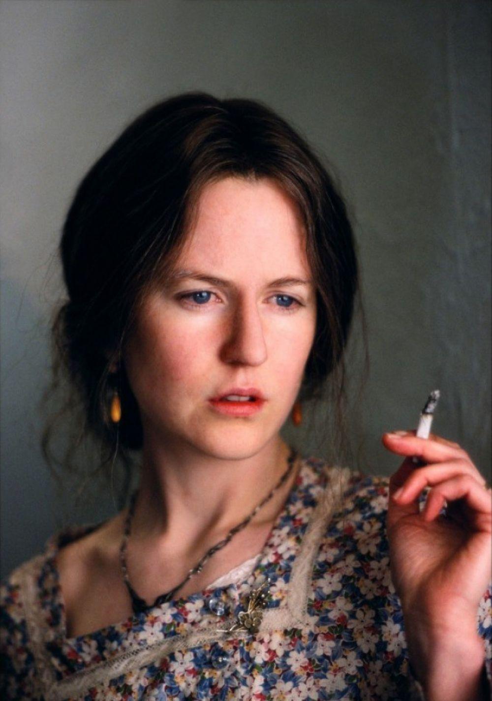 2000-ые годы для Кидман - это период  глубоких, разнообразных ролей и работа со знаковыми режиссерами современности. Роль  Грейс Стюарт в триллере Алехандро Аменабара «Другие» (2001), Вирджинии Вулф в фильме Стивена Долдри «Часы» (2002), за которую актриса получила «Оскара» в номинации «Лучшая женская роль», Грейс в «Догвилле» (2003) Ларса фон Триера, Леди Сара Эшли в исторической драме База Лурмана «Австралия» (2009), Бекка Корьер в драме Джона Кэмерона Митчелла «Кроличья нора» (2010).