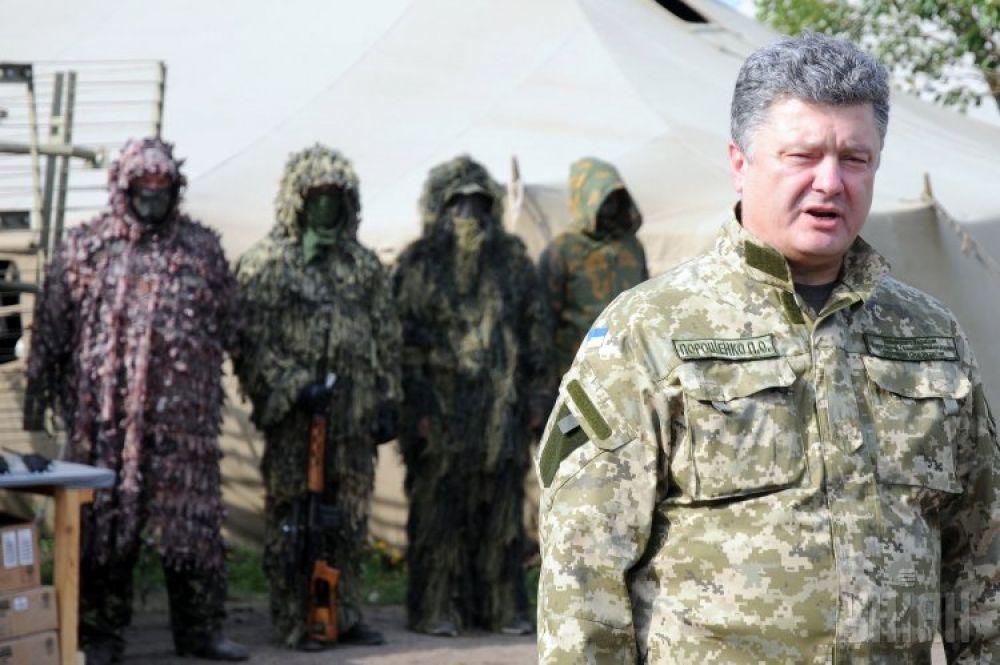 Петр Порошенко побывал в зоне АТО