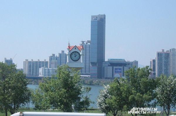 Небоскрёбы столицы Кореи.