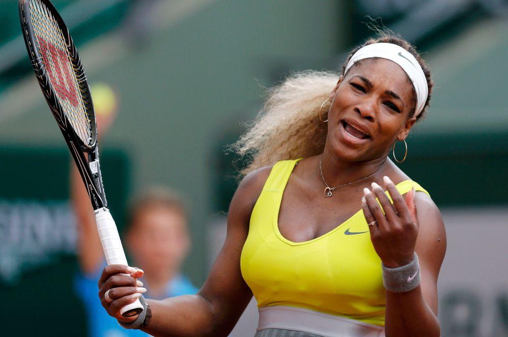 Букмекеры же называют главным фаворитом среди женщин американку Серену Уильямс, пять раз выигрывавшую «Уимблдон» в одиночном разряде.