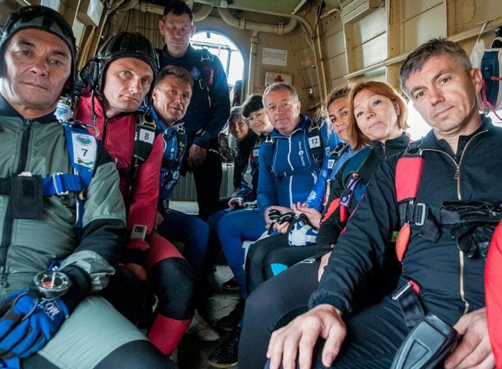 В самолёте перед прыжками