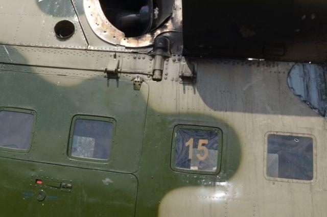 Сбитый боевиками вертолет в Славянске