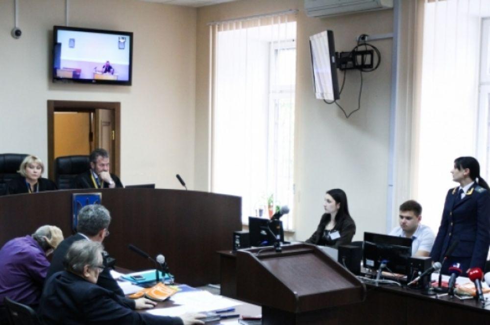 «Онлайн-суд» над Виктором Лозинским