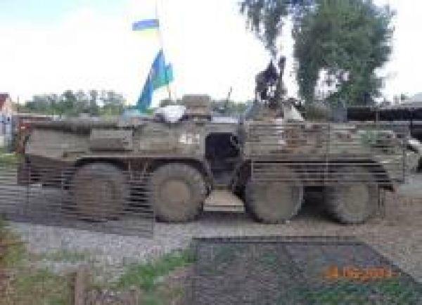 Солдаты модернизируют старые БТР