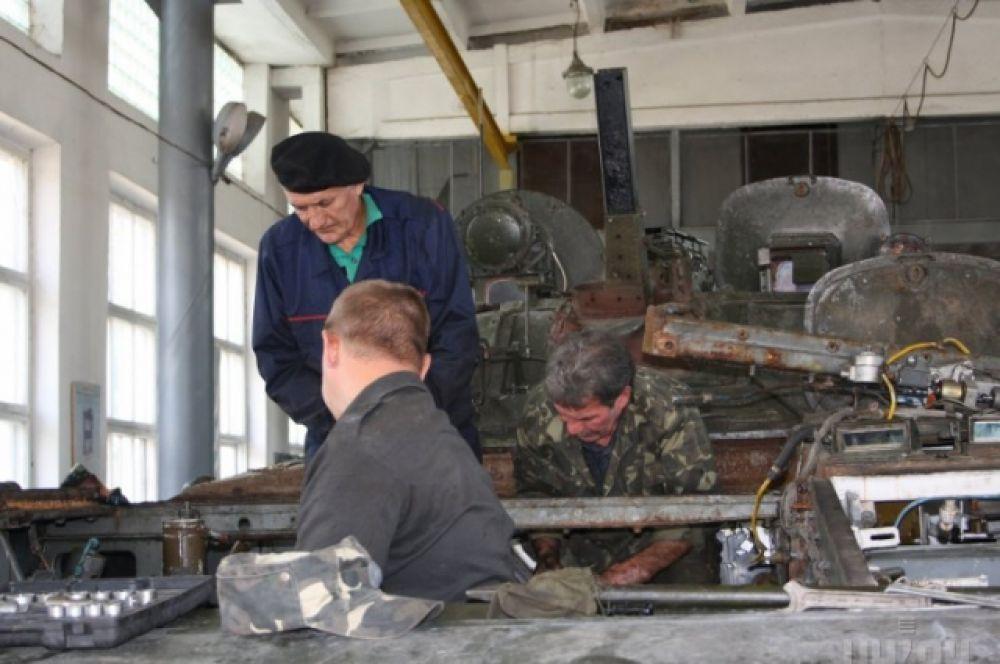 Цех по ремонту военной техники в Житомире