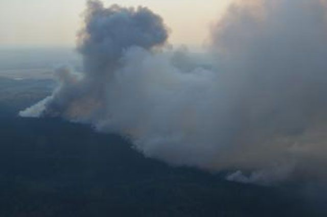 Лесные пожары особо буйствуют в двух районах Приангарья.