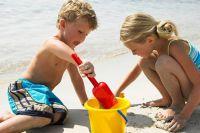 Отдых на пляже предпочитает 16% омичей.