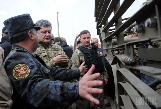Петр Порошенко, президент Украины в зоне АТО