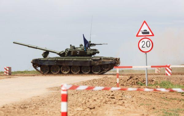 Экипаж «синего» танка войск Южного военного округа.