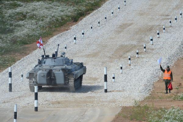Боевая машина БМД-4М на полигоне 2-й гвардейской мотострелковой Таманской дивизии.
