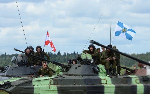 Экипажи боевых машин БМД-4М.
