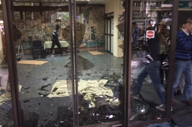 Разгром отеля «Турист» в Киеве