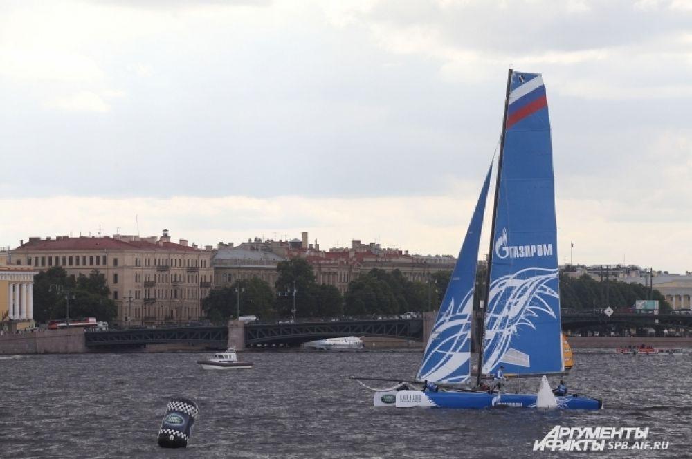 Яхт-клуб Санкт-Петербурга представил первую в истории серии российскую команду под управлением двукратного участника Олимпийских игр Игоря Лисовенко