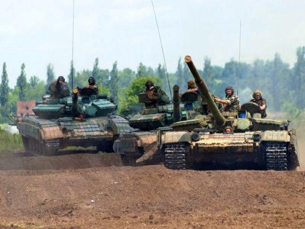 Как военные стреляют из танков Т-64