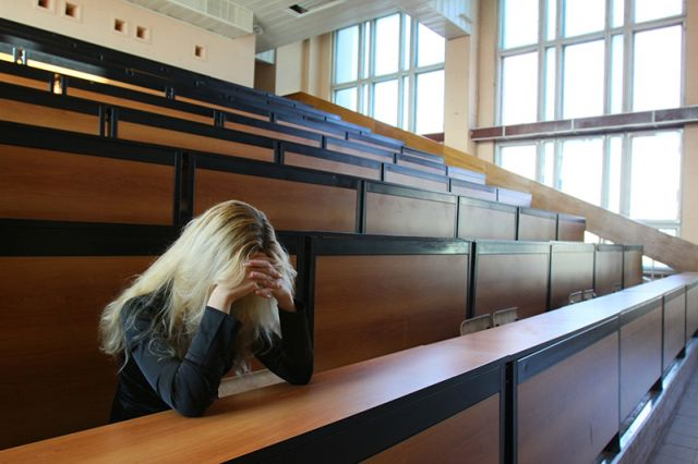 Студенты не пострадают от закрытия вузов.