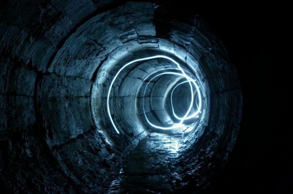 Некоторые подземные сооружения имеют протяженность в несколько тысяч метров.