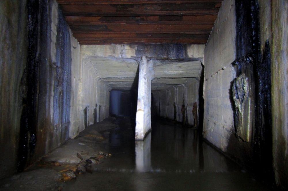 Разветвленные коридоры подземелий пугают своей неизвестностью.