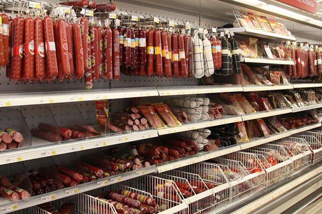 О просроченных продуктах в магазинах участники акции буду сообщать в Роспотребнадзор.