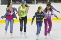 Воспитанники детского центра «Парус надежды» второй раз за лето покатались на коньках