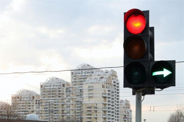 Светофор на перекрёстке Масленникова-Богдана Хмельницкого будет работать по другому.