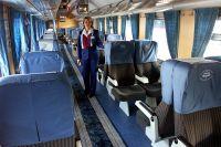 В вагоне повышенной комфортности поезда-экспресса «Спутник», следующего по маршруту «Москва-Мытищи».