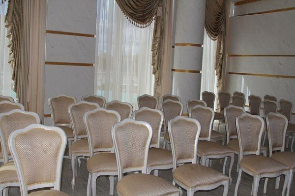 Интерьеры «белого» зала