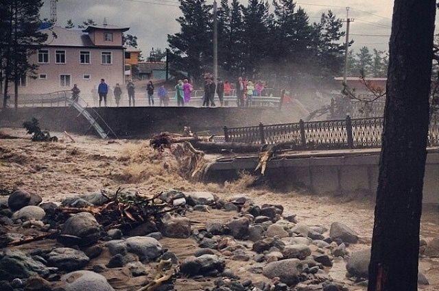 Без жертв после схода селевого потока в Аршане не обошлось.