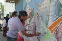 Работа иностранных художников продолжится сегодня.