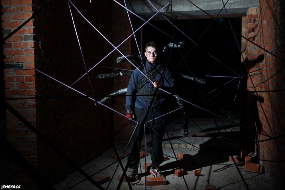 Человек-паук плел для команд свои хитрые сети.