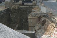 Старые трубя заменят на новые. Может тогда и копать здесь перестанут.