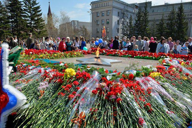 Мемориал «Вечный огонь» в Иркутске приведут в порядок к 70-летию Победы.
