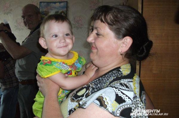 Елена Ячменева очень хотела родить девочку