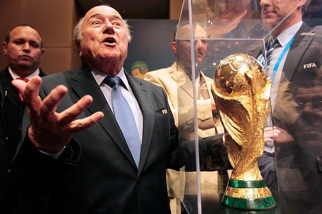 Именно Йозефа Блаттера многие считают виновником всех коррупционных скандалов, связанных с ФИФА.