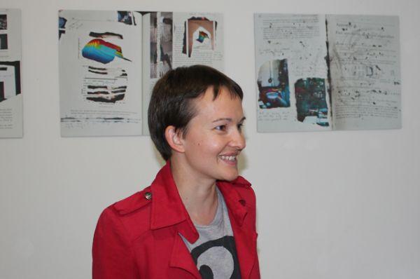 Маша Ру рассказала публике концепцию своего творчества.