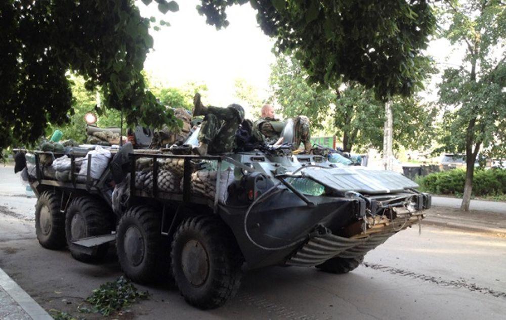 БТР сил АТО в Славянске