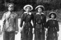 По пути следования Николая Александровича организован крестный ход.