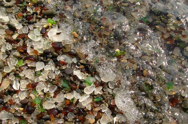 Экоактивисты Челябинска предлагают усыпать пляж Шершней галькой из стекла