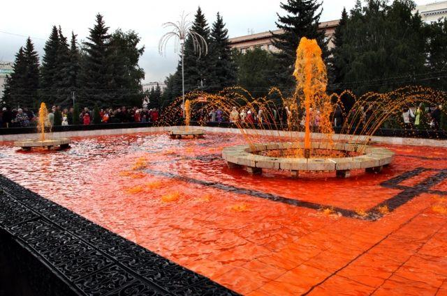 Фонтан на площади Революции будет полностью переделан.