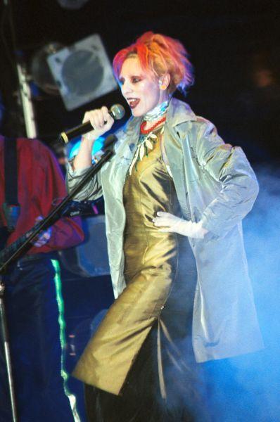 Жанна Агузарова на вечере выпускников в ГЦКЗ «Россия», 2000 год.