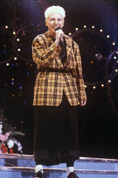 Выступление Жанны Агузаровой в 1990 году.